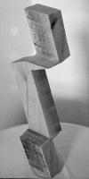 Lothar Rumold: Nummer Eins, 1989, Linde, H 48 cm