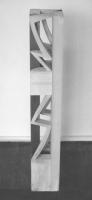 Lothar Rumold: Turm II, 1990, Linde, Öl, 100 x 16 x 16 cm